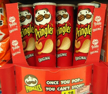 pringles red can