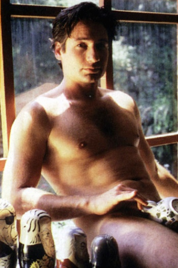 david duchovny nude with tea cup