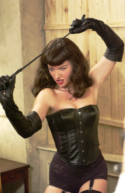 fetish pinup model bettie page dies