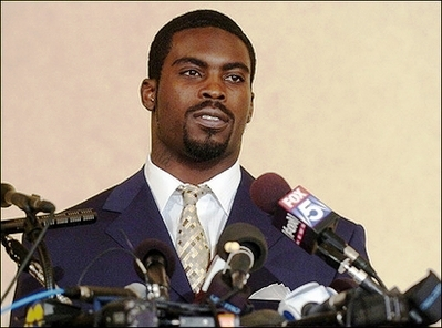 michael vick signs with philidelphia eagles