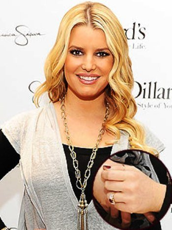 jessica simpson engaged