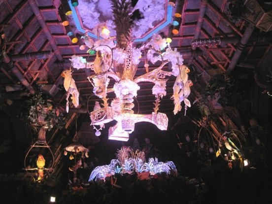 enchanted tiki room birds over fountain