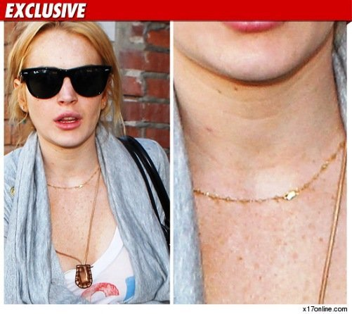lindsay lohan accused of necklace theft