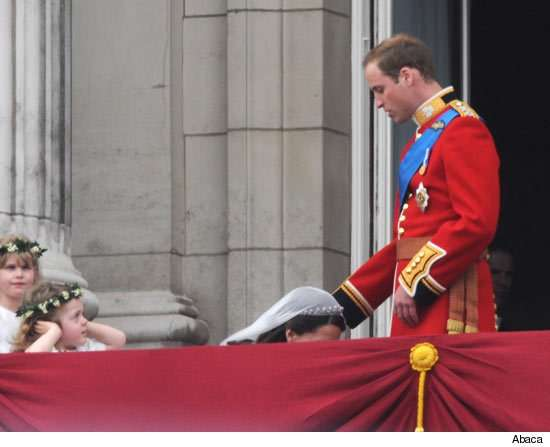 kate middleton prince william wedding balcony