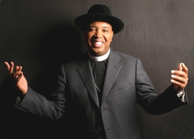 reverend run gives to charity