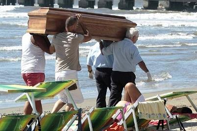 dead bodies rome beach