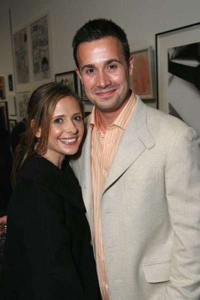 sarah michelle gellar and freddie prinze jr child. Celebrity Breakup News – Sarah
