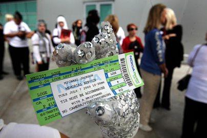 http://www.hilaryshepherd.com/rantsnraves/wp-content/uploads/2009/07/ticket.jpg