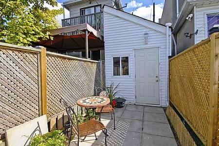 smallest house in brooklyn new york backyard towards house