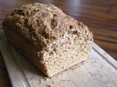 homemade vegan beer bread