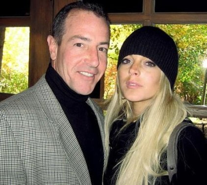 michael lohan wants to hire security for lindsay lohan