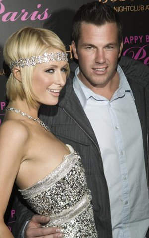 paris hilton doug reinhardt to marry