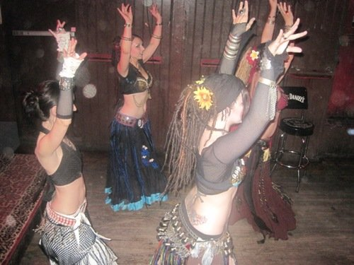 Hollywood Tribal Rainbow Bar Grill 1