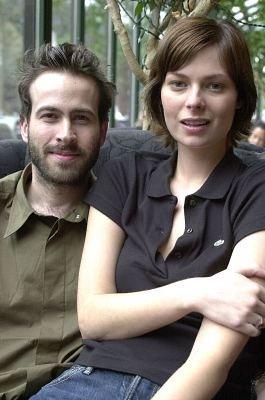 curiosidades sobre los actores de me llamo earl Carmen-llywelyn-jason-lee-scientology