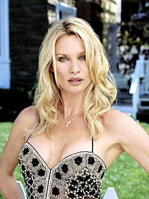 nicollette sheridan sues marc cherry
