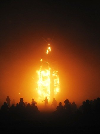 burning man 2010 tower fire