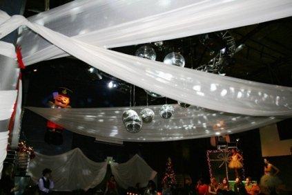 wonderland fashion show supper club