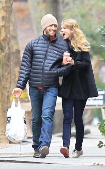 taylor swift jake gyllenhaal dating
