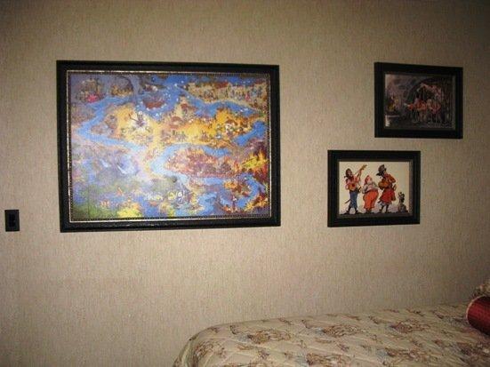 disneyland hotel pirates of the caribbean suite bedroom artwork