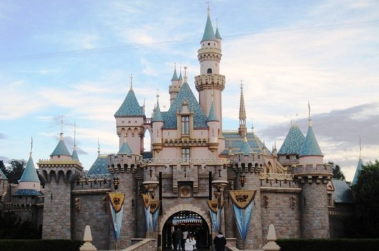 disneyland sleeping beauty castle magic mornings