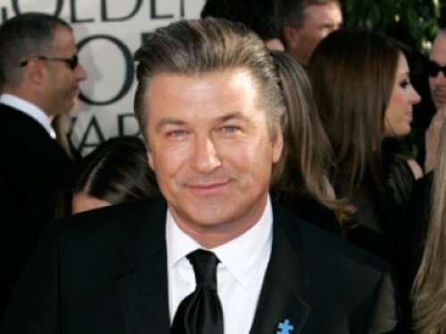 alec baldwin removed from flight