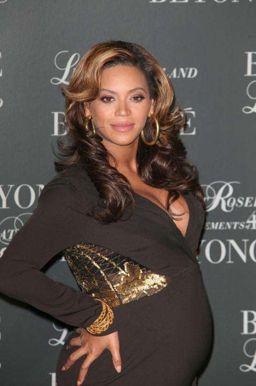 beyonce gives birth blue ivy